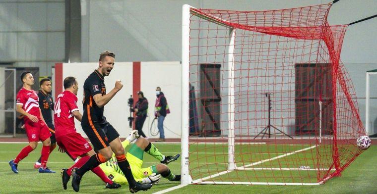 Eén Gibraltar-supporter in De Kuip: 'PSG heeft al zoveel fans, dit is leuker'