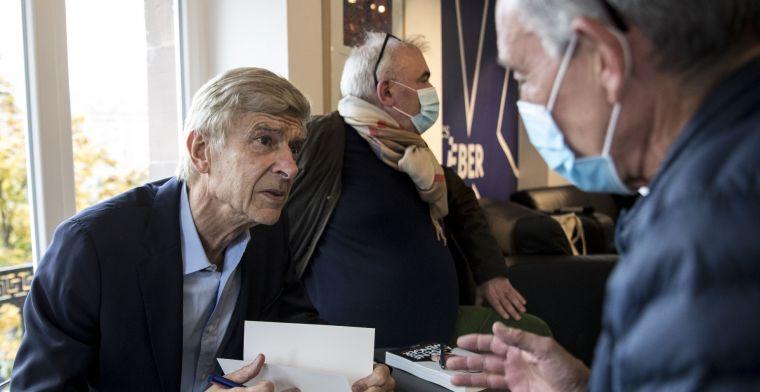 Wenger doet FIFA-onthulling: 'Buitenspel wordt in 2022 geautomatiseerd'